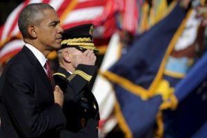"""""""En estos terrenos sagrados, donde generaciones de héroes han venido a descansar, recordamos a todos los que hicieron el máximo sacrificio por nuestra nación"""", destacó Obama durante la ceremonia del miércoles. Foto:Getty Images. Imagen Por:"""