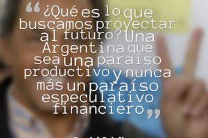 """Daniel Scioli, """"Frente para la Victoria"""" Foto:QuotesCover. Imagen Por:"""