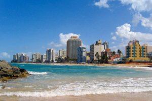A pesar de que muchas de sus playas son reconocidas, San Juan, así como otras partes de los isla tienen playas poco frecuentadas y que vale la pena conocer. Foto:Vía Wikimedia Commons. Imagen Por: