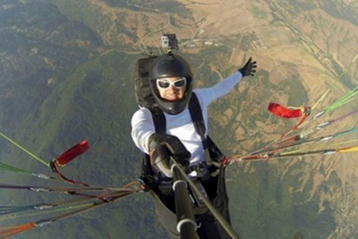 Al dar un salto en avión. Foto:Vía Instagram/#amazingselfie. Imagen Por: