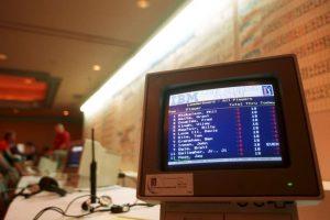 """Miles de computadoras de la empresa IBM fueron atacadas con el virus """"viernes 13"""" en Reino Unido. Foto:Getty Images. Imagen Por:"""