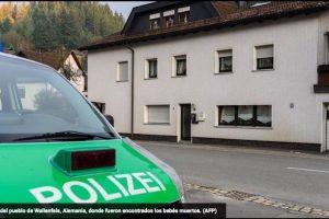 """Los agentes que acudieron al lugar descubrieron varios cadáveres de bebés en una habitación. """"La policía y el fiscal de Coburgo (en Baviera) creen que hay probablemente siete muertos"""", añadió el comunicado. Foto:AFP. Imagen Por:"""