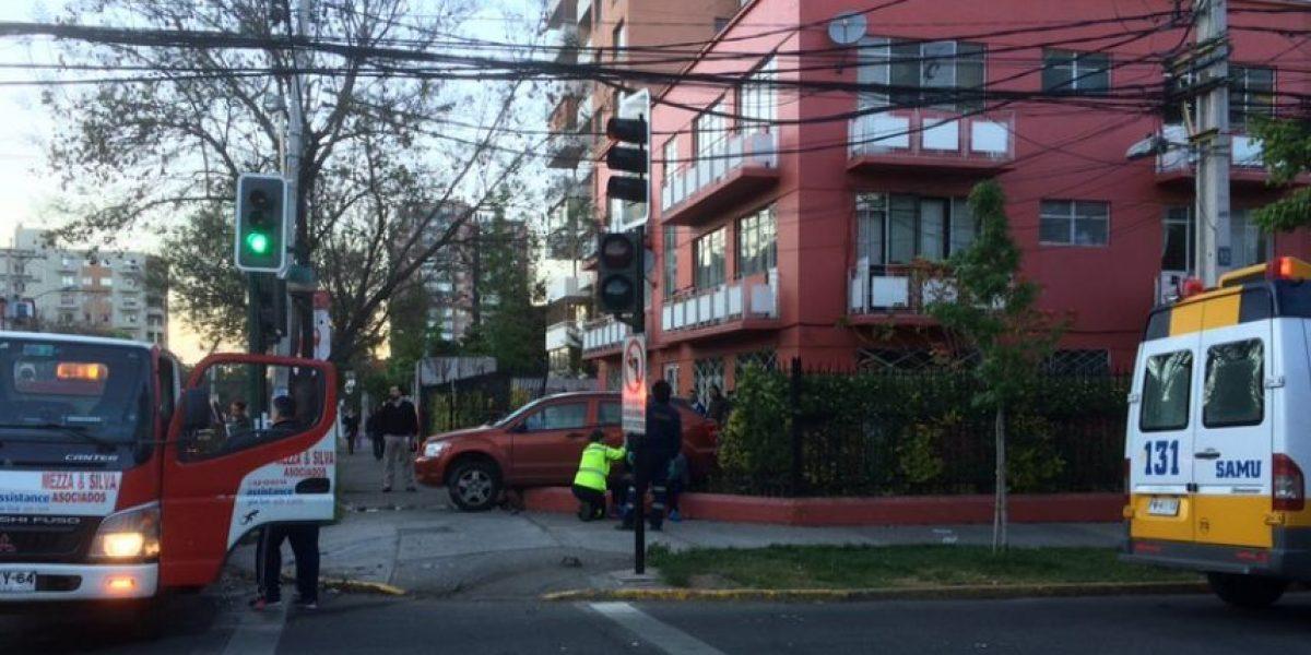 Dos heridos deja violento accidente en Providencia