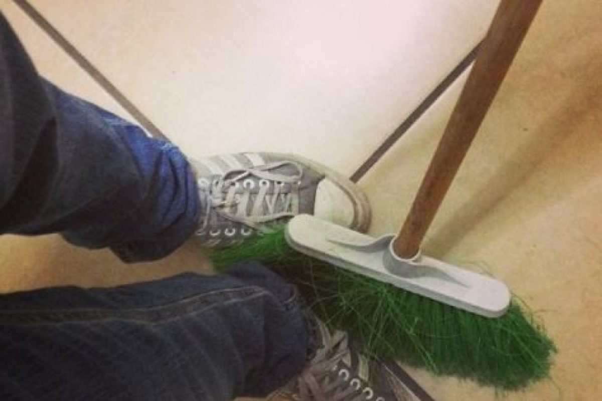 Que les barran los pies Foto:instagram.com/agnava_. Imagen Por: