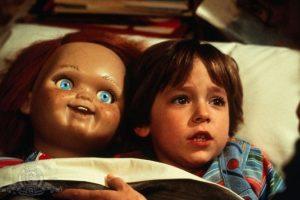"""A los 7 años, interpretó a """"Andy Barclay"""" de la película """"Chucky: el muñeco diabólico"""" (""""Child's Play"""") Foto:IMDB. Imagen Por:"""