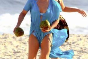 En Rio de Janeiro fue captada luciendo este bikini azul. Foto:Grosby Group. Imagen Por: