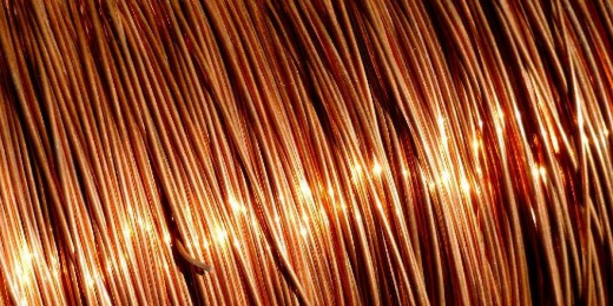 Libra de cobre llega a menor precio en seis años