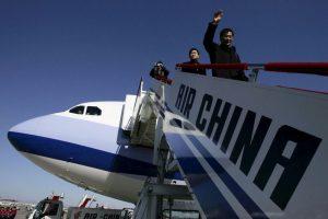 8. El que trata de colarse en la fila de desembarcar (35%). Foto:Getty Images. Imagen Por: