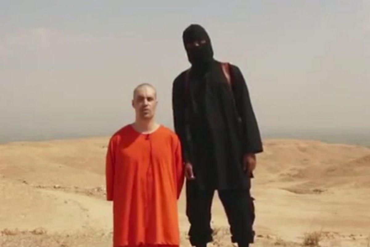 Durante la decapitación del periodista estadounidense James Foley Foto:AP. Imagen Por: