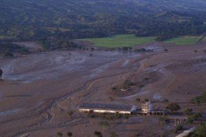 Luego del lodazal quedó solo un gran camposanto. Foto:vía Getty Images. Imagen Por: