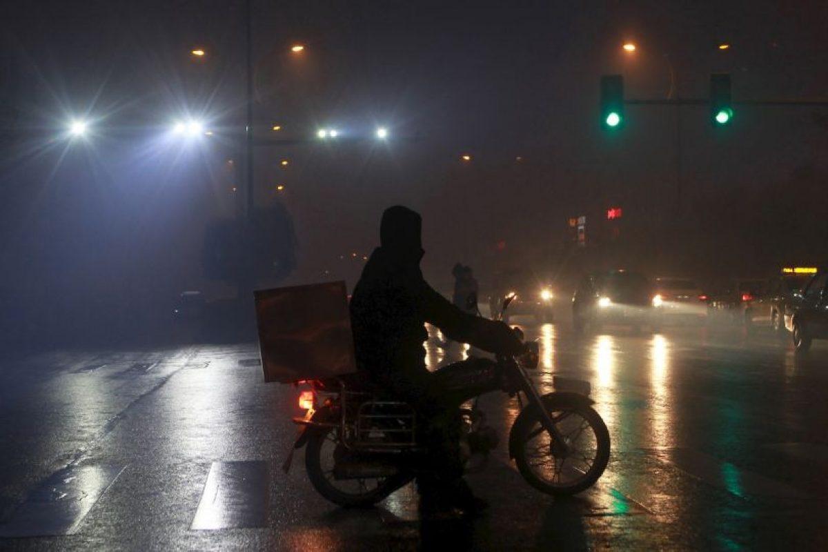 """3. De acuerdo con la OMS, """"la contaminación atmosférica urbana aumenta el riesgo de padecer enfermedades respiratorias agudas, como la neumonía, y crónicas, como el cáncer del pulmón y las enfermedades cardiovasculares"""". Foto:AFP. Imagen Por:"""
