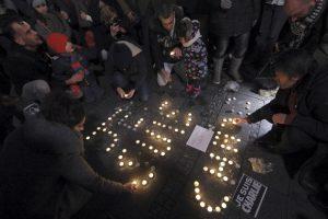 Las muestras de solidaridad se vieron en todas partes del mundo. Foto:AFP. Imagen Por: