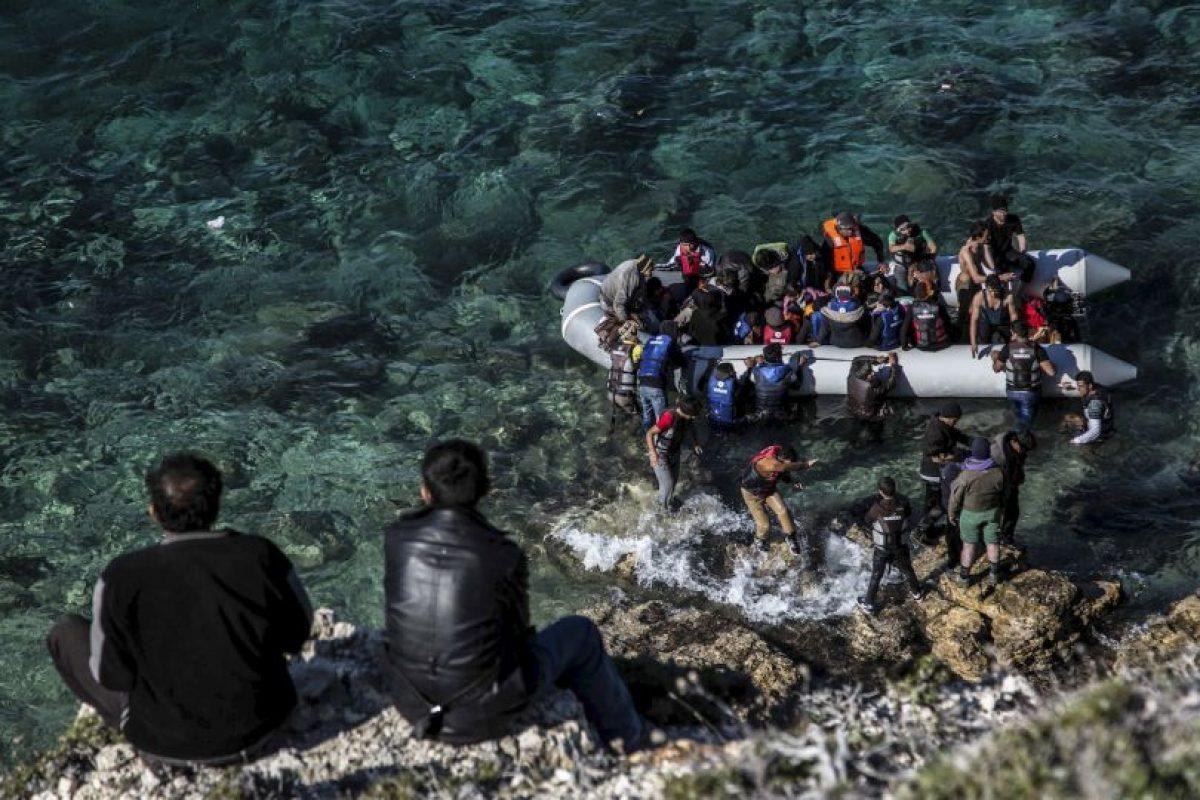 Migrantes y refugiados a su llegada a Grecia. Foto:AFP. Imagen Por: