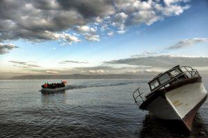 Migrantes y refugiados llegan a la isla griega Lesbos. Foto:AFP. Imagen Por: