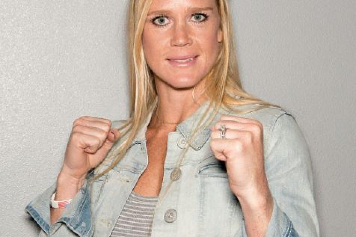 Desde 2011 practica las artes marciales mixtas y su récord es de 9 ganadas y 0 peleas perdidas. Foto:Getty Images. Imagen Por:
