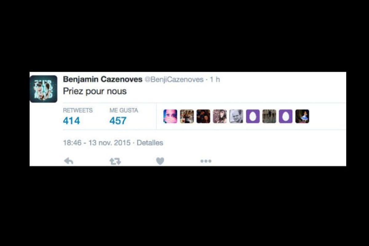 """Cazenoves solo tuitea: """"Recen por nosotros"""". Foto:vía Twitter. Imagen Por:"""