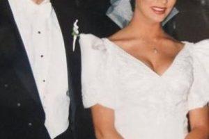 Se casó con el fotógrafo Francisco Luis Ricote el 12 de junio de 1993 Foto:Twitter/gabyrivero64. Imagen Por: