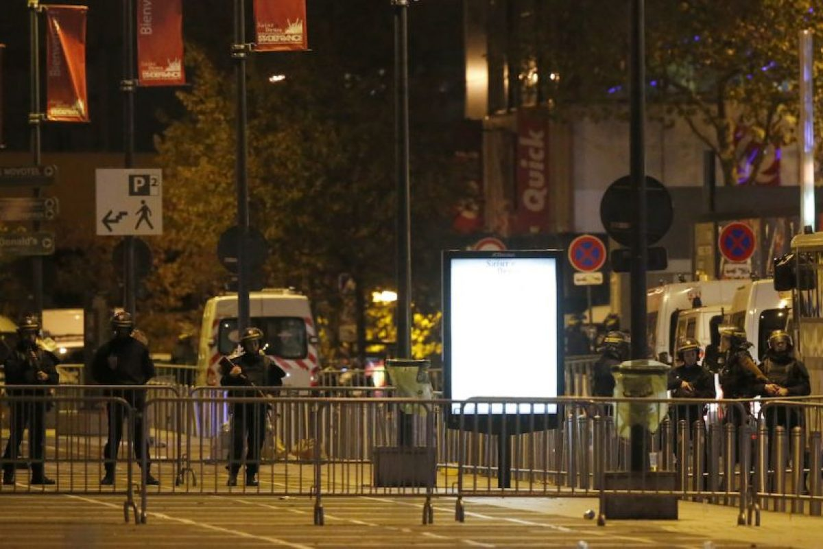 Hay heridos en las calles de la capital. Foto:AP. Imagen Por:
