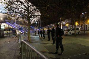 La policía resguarda las calles. Foto:AP. Imagen Por: