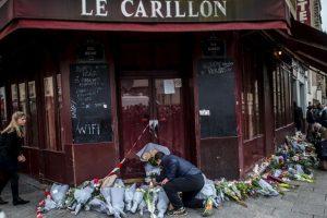Mientras tanto, la población parisina se dio cita en los lugares de la tragedia desde primera hora. Foto:Getty Images. Imagen Por: