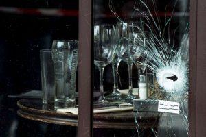 Los terroristas usaron AK47 para efectuar sus ataques. Foto:Getty Images. Imagen Por: