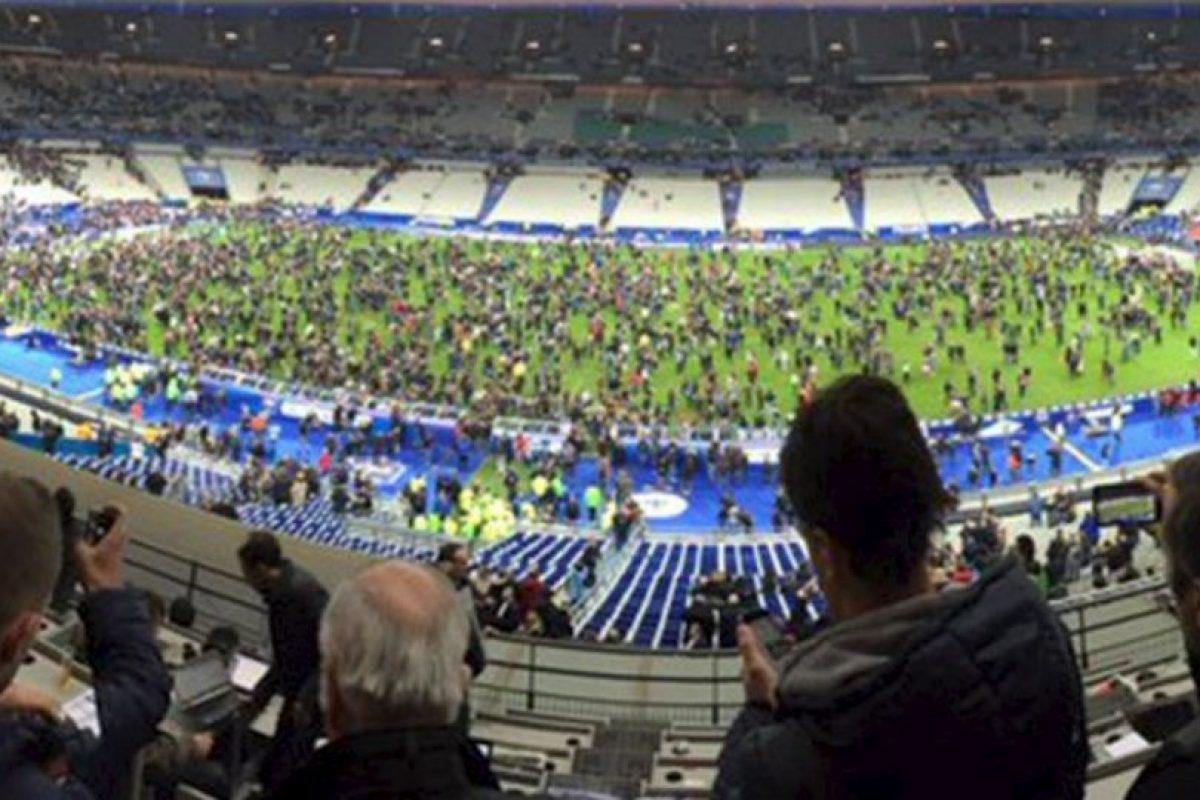 El partido entre Francia y Alemania terminó así. Foto:vía Twitter/@ImiaSanMia. Imagen Por: