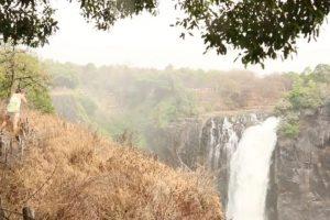 El pasado 17 de octubre se realizó un video por parte de Africa Albida Tourism en el que se mostraba la cascada completa. Foto:Vía Youtube. Imagen Por: