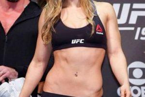 Además, se mantiene invicta en sus combates oficiales dentro de las artes marciales mixtas (MMA). Foto:Vía instagram.com/rondarousey. Imagen Por: