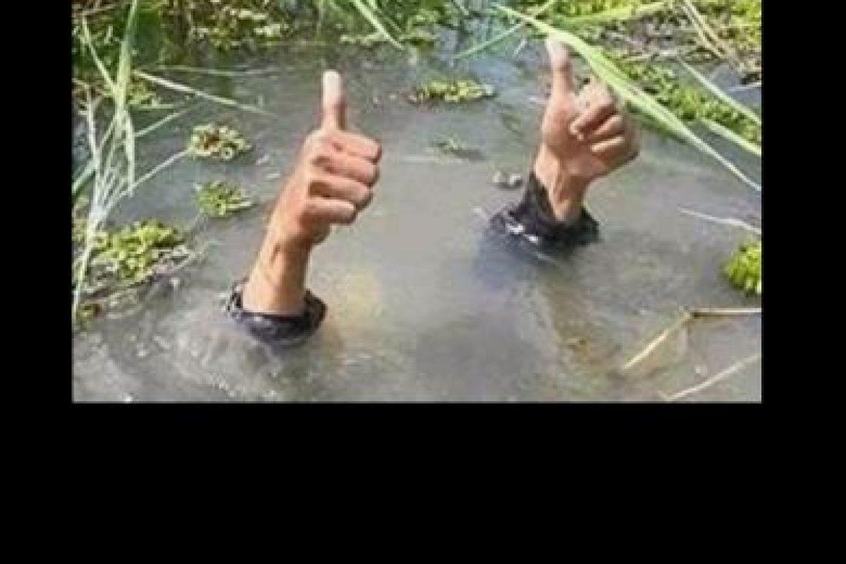 El partido fue suspendido el jueves por una fuerte lluvia que dejó la cancha totalmente inundada. Foto:Twitter. Imagen Por:
