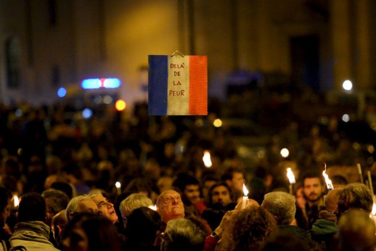 Francia lanzó la ofensiva hoy y bombardeó a ISIS en Siria. Foto:AFP. Imagen Por: