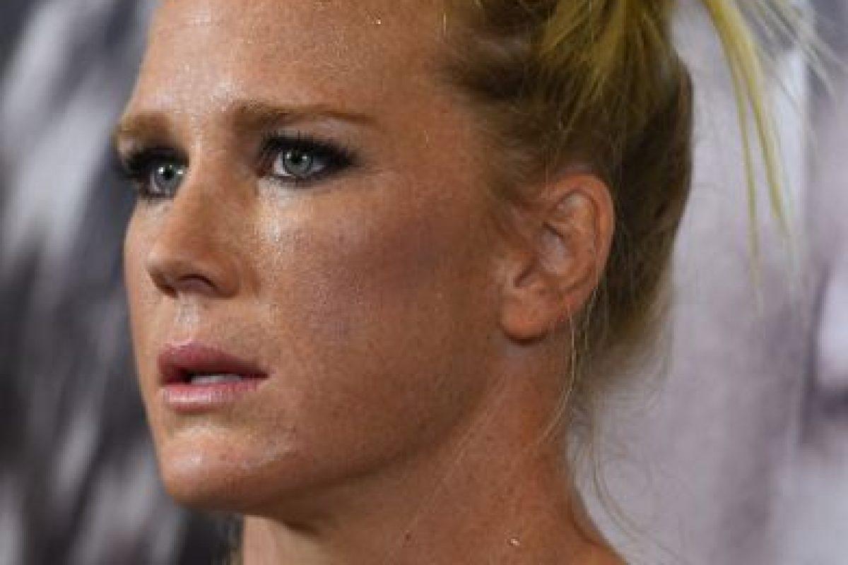 También ganó el Campeonato del Mundo del Peso Ligero en la Asociación Mundial de Boxeo (WBA). Foto:Getty ImagesVía instagram.com/_hollyholm. Imagen Por: