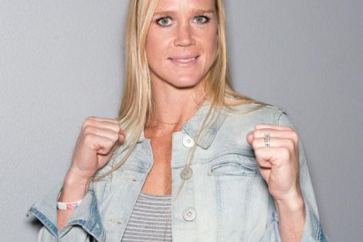 Holly logró este título tras vencer por nocaut a la campeona vigente, Ronda Rousey en UFC 193. Foto:Getty Images. Imagen Por: