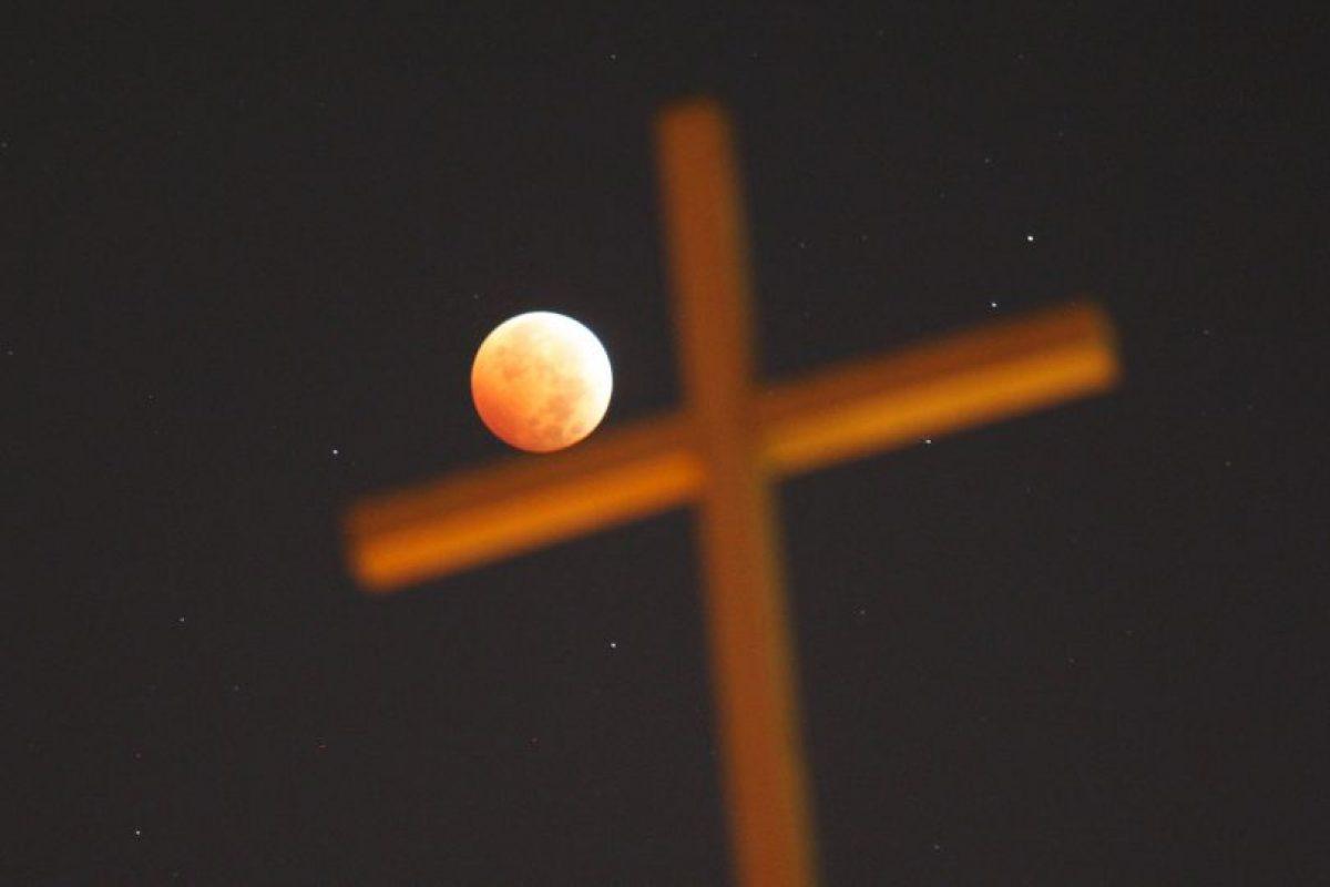 Cabe mencionar que según las creencias cristianas, los siete sellos del Apocalipsis son otra señal del fin del mundo. Foto:Getty Images. Imagen Por: