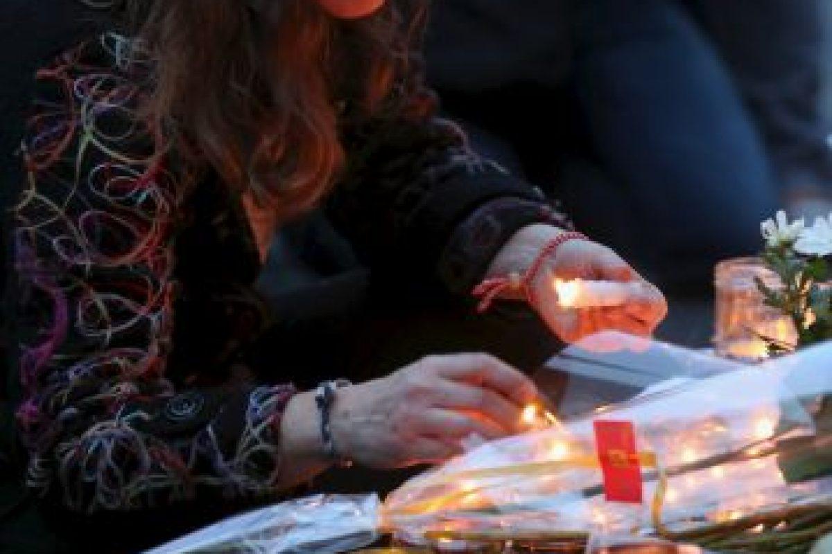 Los lugares más concurridos de París este sábado fueron los que recibieron al menos seis ataques terroristas la noche del viernes. Foto:Getty Images. Imagen Por: