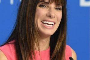 Después de vivir un chasco con su marido infiel, Sandra Bullock también tiene nueva pareja. Foto:vía Getty Images. Imagen Por: