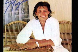 """Para 1985, ya había ganado un Grammy. En estos tiempos grabó el sencillo """"La incondicional"""". Foto:vía Coveralia. Imagen Por:"""