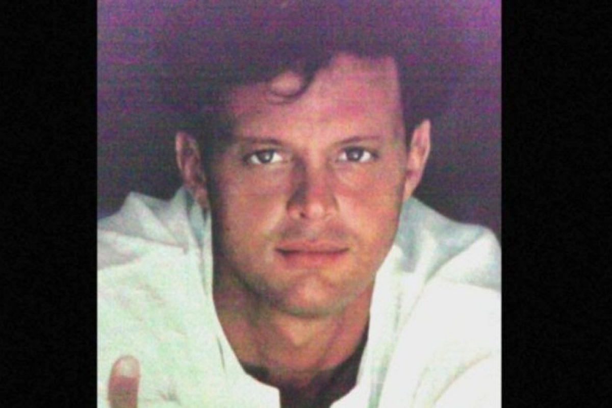 """En 1990, su álbum """"20 años"""" vendió más de 600 mil copias en una semana. Foto:vía Coveralia. Imagen Por:"""