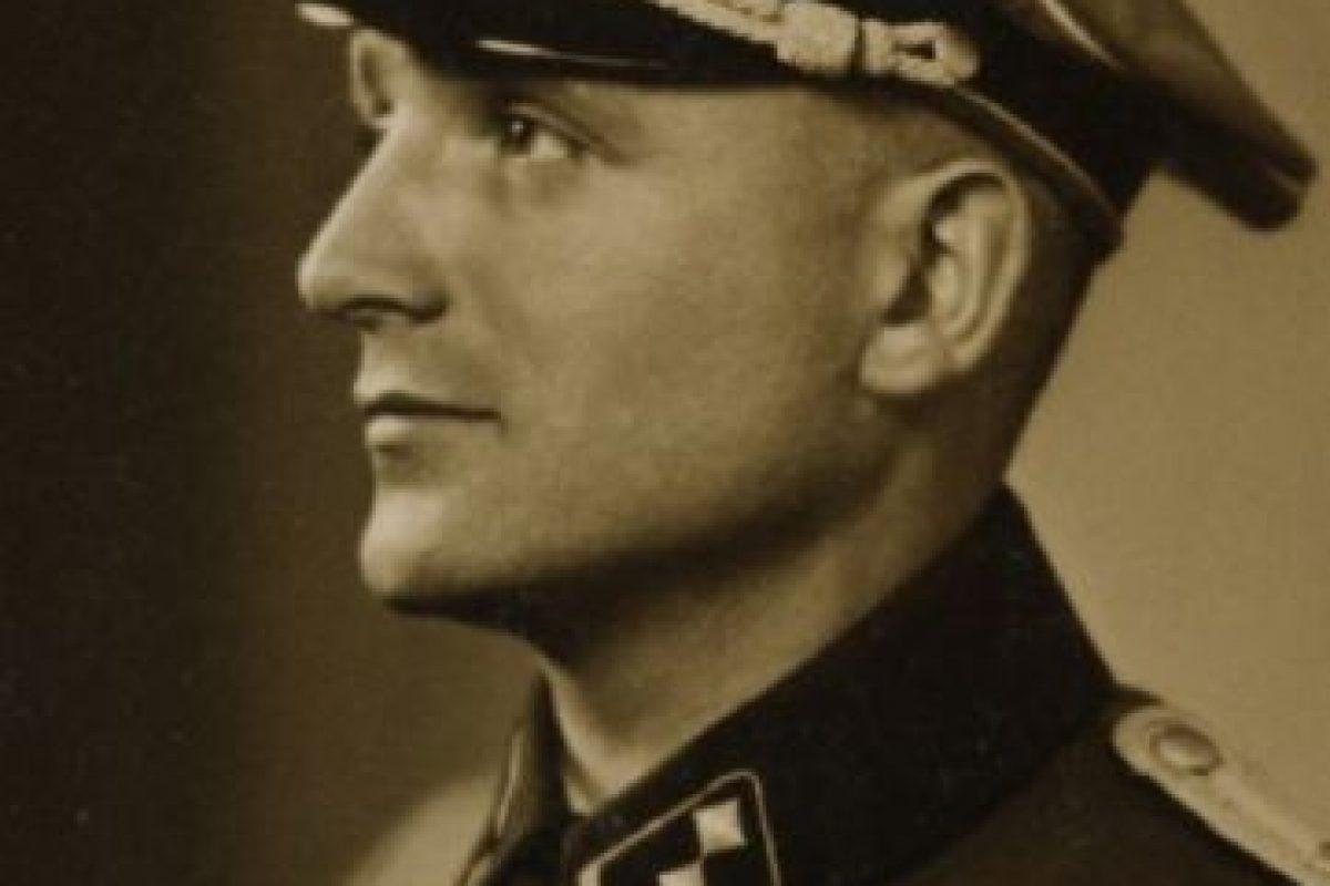Envió a los campos de concentración a 7.500 personas, mató a más de 4 mil y arrestó, torturó y mató a más de 14 mil miembros de la Resistencia Francesa. Foto:vía Getty Images. Imagen Por: