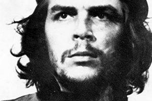 """Allí cuenta que Barbie, quien enseñó técnicas de tortura y estuvo en el ejército boliviano, ayudó a matar al """"Che"""" Guevara. Foto:vía Getty Images. Imagen Por:"""