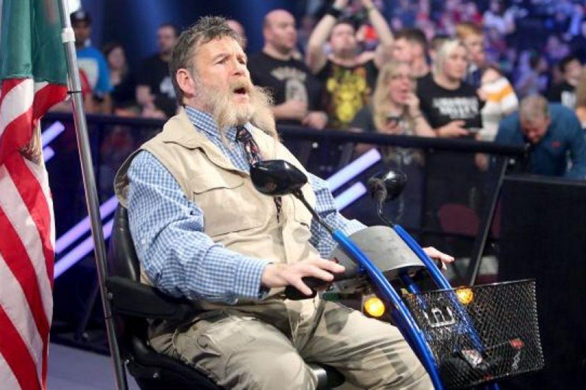 Zeb Colter fue el primero en ofender a los británicos Foto:WWE. Imagen Por:
