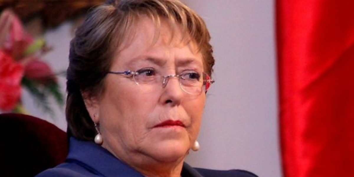 Encuesta Cadem: aprobación de Bachelet se mantiene bajo el 30%
