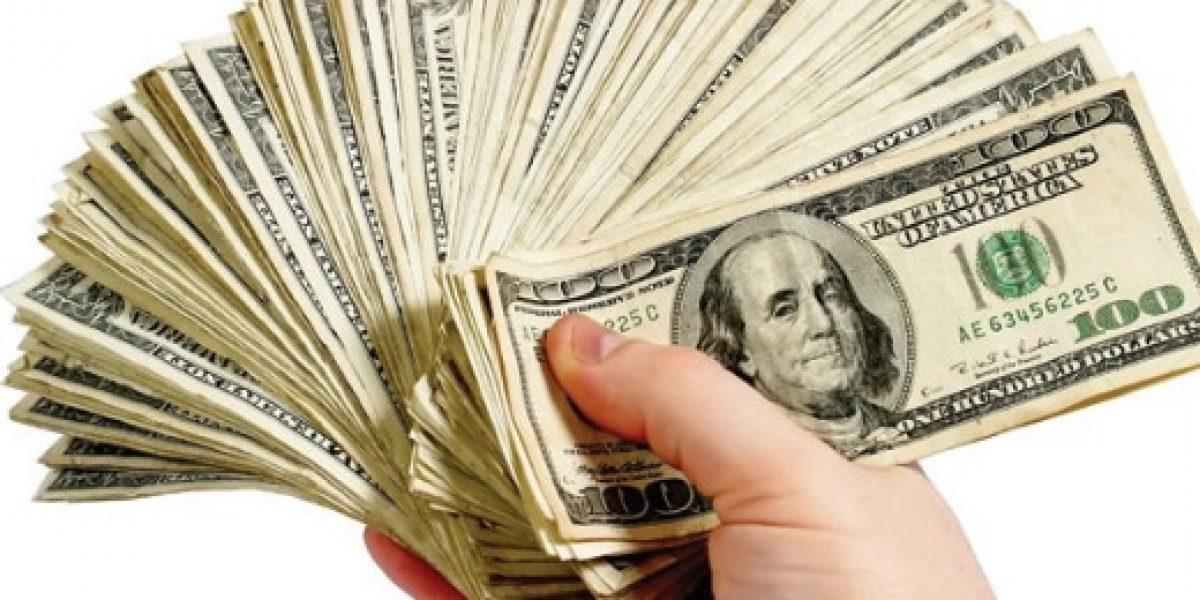 Dólar se transa hasta los $708, máximo desde agosto de 2003