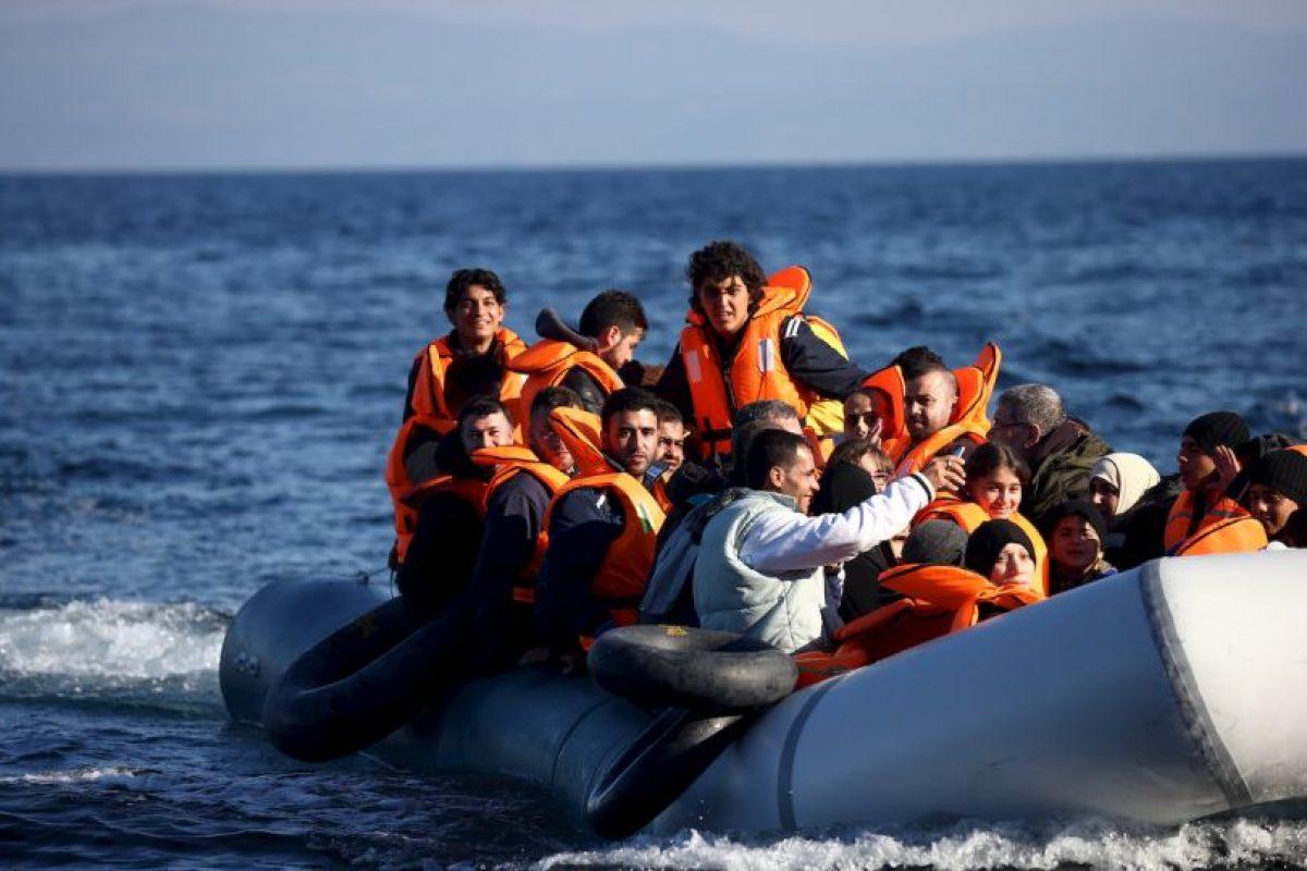 2. Según la Organización Internacional para las Migraciones (OIM), al día de hoy han fallecido tras mil 499 personas en el Mediterráneo. Foto:Getty Images. Imagen Por: