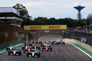 Lewis Hamilton, Nico Rosberg y Sebastian Vettel subieron al podio en el GP de Brasil Foto:Getty Images. Imagen Por: