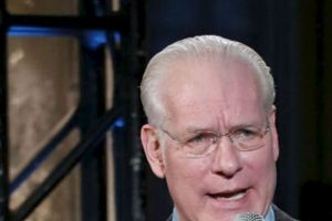 """Tim Gunn, asesor de """"Project Runway"""" ya había dicho lo mismo. Foto:vía Getty Images. Imagen Por:"""
