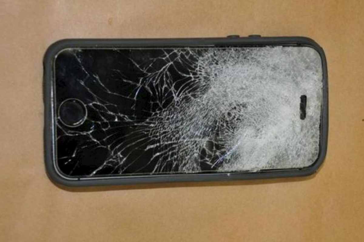 El joven se salvó gracias a su iPhone. Foto:Fresno Police Departament. Imagen Por: