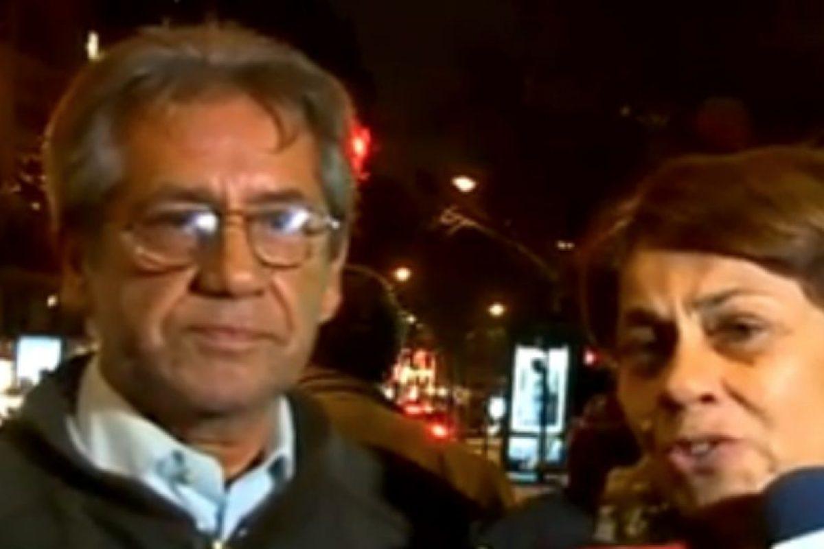 A la derecha María Eliana San Martín, familiar de la víctima. Foto:Reproducción / TVN. Imagen Por: