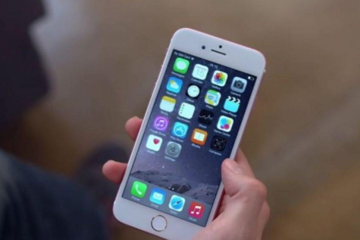 La interfaz es parecida a iOS. Foto:Jonathan Morrison / YouTube. Imagen Por: