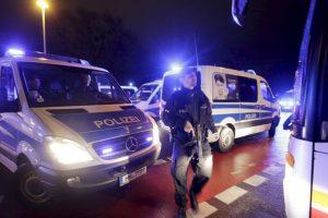 La policía llegó al lugar Foto:AP. Imagen Por: