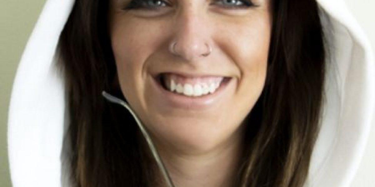 Fotos: Mujer está creando pecas artificiales y son todo un éxito